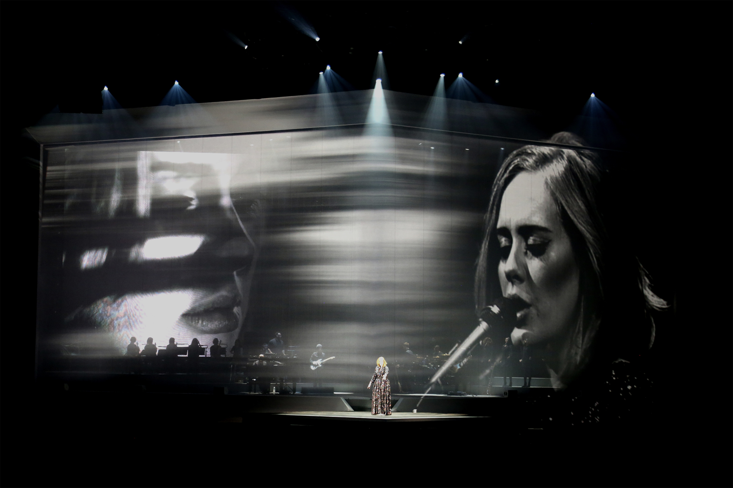 Luke Halls Studio — Adele European Tour