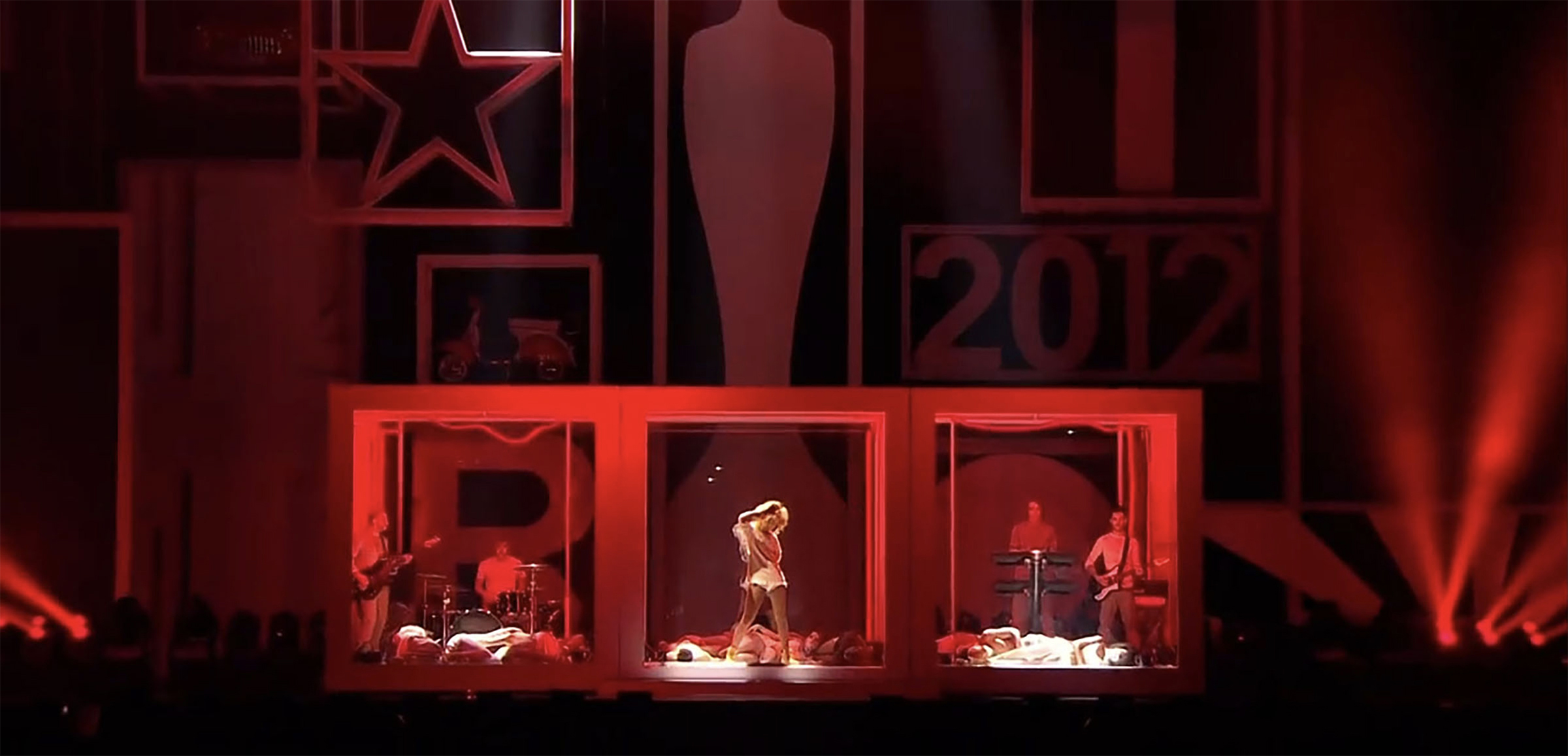 Luke Halls Studio — Rihanna, Brit Awards 2012