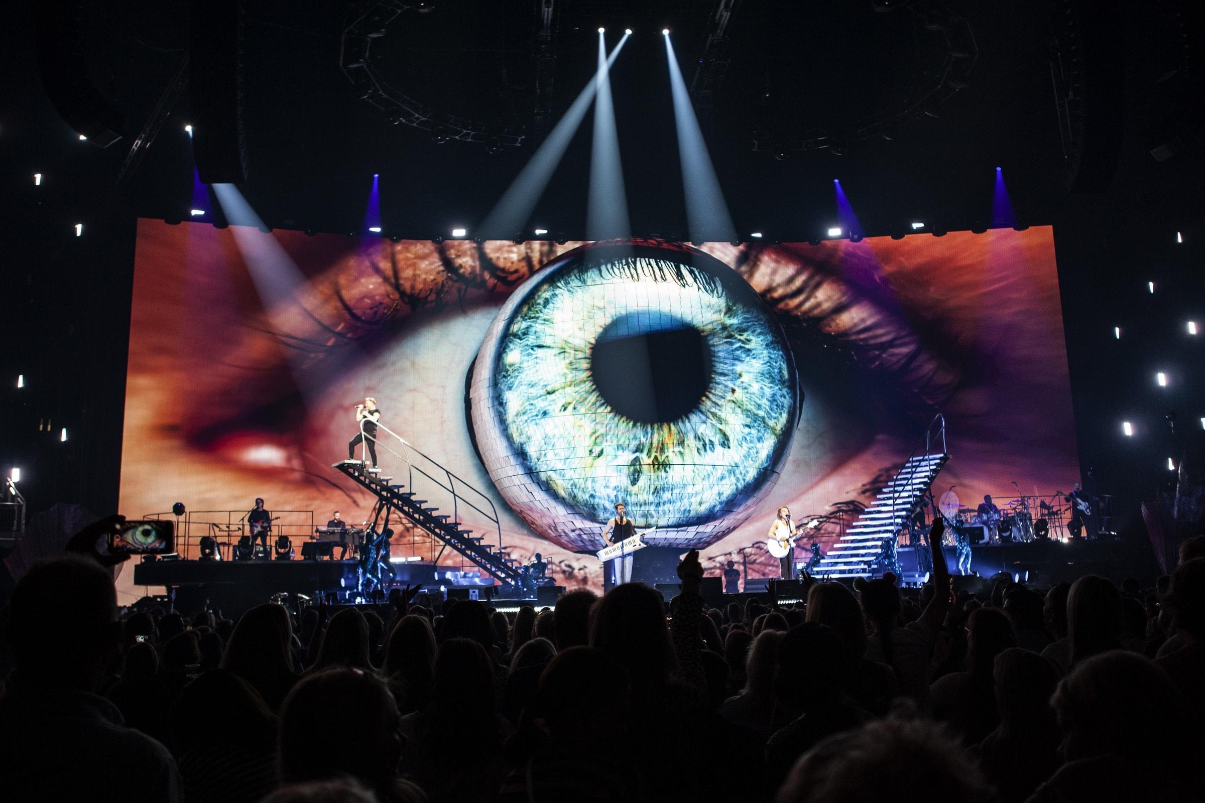 Luke Halls Studio — Take That Odyssey Tour